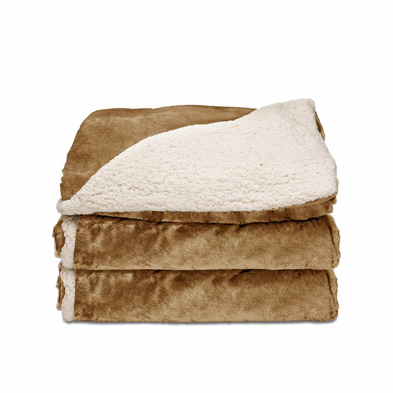 Sunbeam® Reversible Sherpa/Royalmink™ Heated Throw