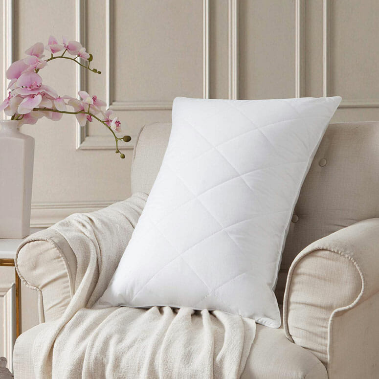 L LOVSOUL Goose Feather Bed Pillows