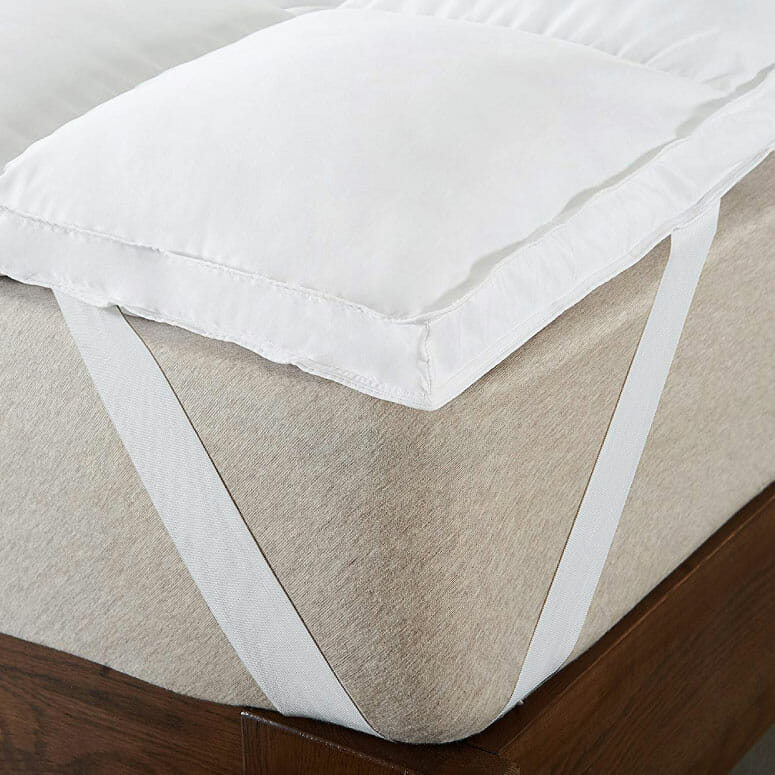 Cheer Collection Extra Plush Luxurious Down Alternative Mattress Topper
