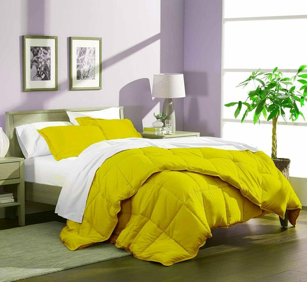 Best Dorm Bedding for Female College Students 6