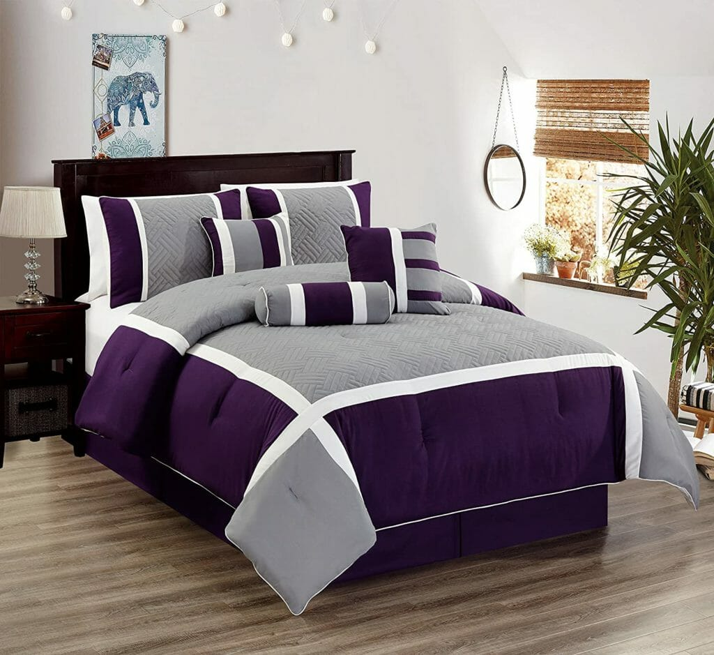 Best Dorm Bedding for Male College Students 10